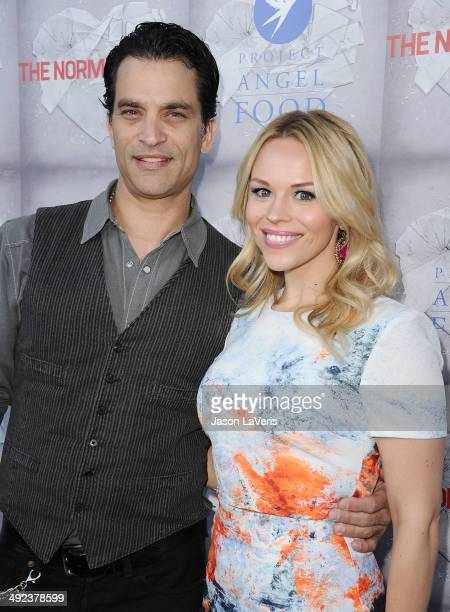 Actor Johnathon Schaech and wife Julie Solomon attend the premiere of 'The Normal Heart' at The Writers Guild Theatre on May 19 2014 in Beverly Hills...