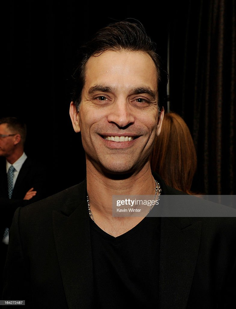 Actor Johnathon Schaech arrives at 'An Evening' benifiting The L.A. Gay & Lesbian Center at the Beverly Wilshire Hotel on March 21, 2013 in Beverly Hills, California.