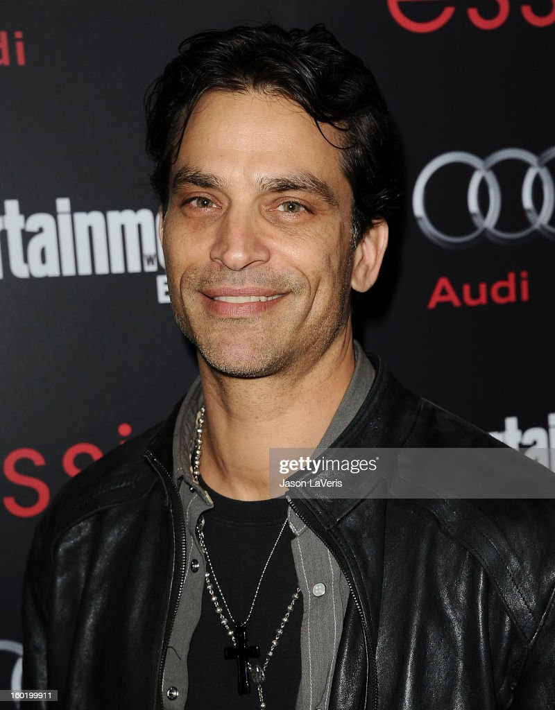 Actor Johnathon Schaech attends the Entertainment Weekly Screen Actors Guild Awards pre-party at Chateau Marmont on January 26, 2013 in Los Angeles, California.