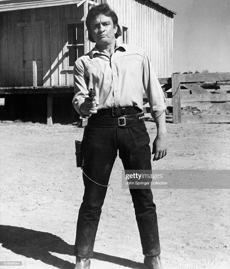 Actor Johnny Cash plays Abe Cross in the 1971 film A Gunfight.