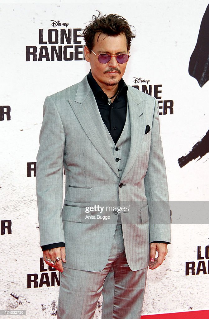 Actor <a gi-track='captionPersonalityLinkClicked' href=/galleries/search?phrase=Johnny+Depp&family=editorial&specificpeople=202150 ng-click='$event.stopPropagation()'>Johnny Depp</a> attends the ''Lone Ranger' Germany premiere at Sony Centre on July 19, 2013 in Berlin, Germany.