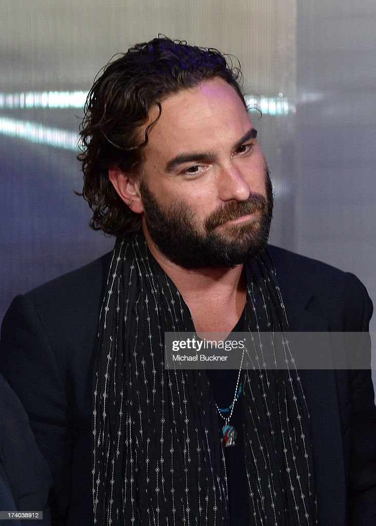 Actor <a gi-track='captionPersonalityLinkClicked' href=/galleries/search?phrase=Johnny+Galecki&family=editorial&specificpeople=832098 ng-click='$event.stopPropagation()'>Johnny Galecki</a> attends Day 2 of The Samsung Galaxy Experience on July 19, 2013 in San Diego, California.