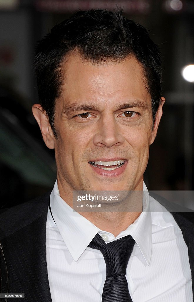 Actor <a gi-track='captionPersonalityLinkClicked' href=/galleries/search?phrase=Johnny+Knoxville&family=editorial&specificpeople=206210 ng-click='$event.stopPropagation()'>Johnny Knoxville</a> arrives at the Los Angeles Premiere 'Jackass 3D' at Grauman's Chinese Theatre on October 13, 2010 in Hollywood, California.