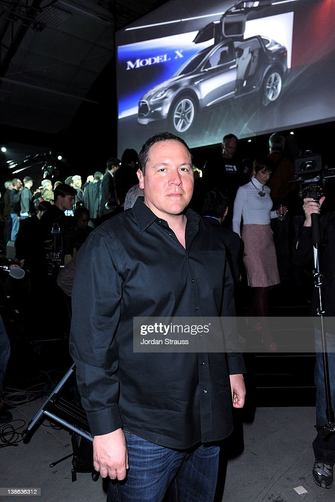 Actor <a gi-track='captionPersonalityLinkClicked' href=/galleries/search?phrase=Jon+Favreau&family=editorial&specificpeople=239483 ng-click='$event.stopPropagation()'>Jon Favreau</a> attends Tesla Worldwide Debut of Model X on February 9, 2012 in Los Angeles, California.