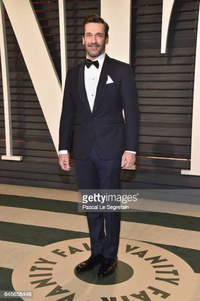Actor Jon Hamm attends the 2017 Vanity Fair Oscar Party hosted by Graydon Carter at Wallis Annenberg Center for the Performing Arts on February 26...