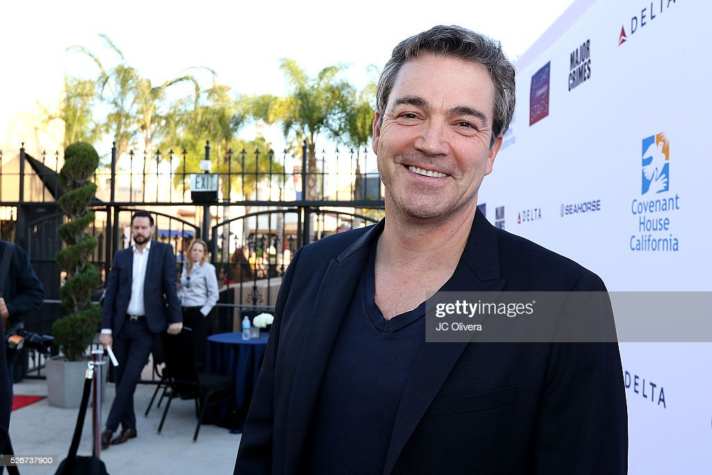 Actor Jon Tenney attends Covenant House Of California's Annual Fundraising Gala, A Night Honoring Our Stars at The Globe Theatre at Universal Studios on April 30, 2016 in Universal City, California.