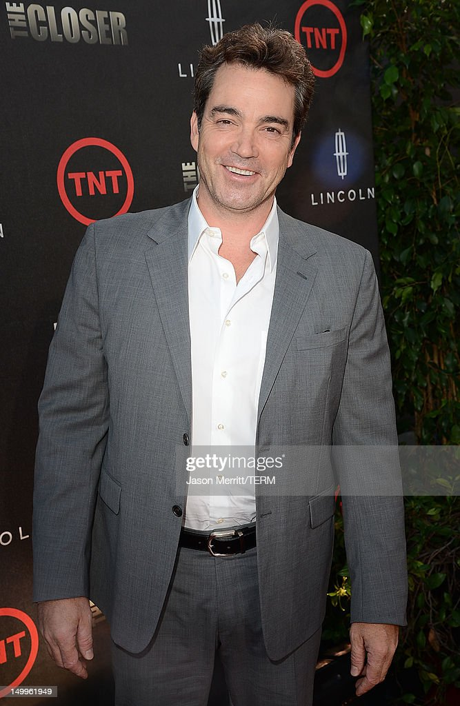 Actor Jon Tenney attends the special fan screening of TNT's 'The Closer' series finale held at The Roosevelt Hotel on August 7, 2012 in Hollywood, California.