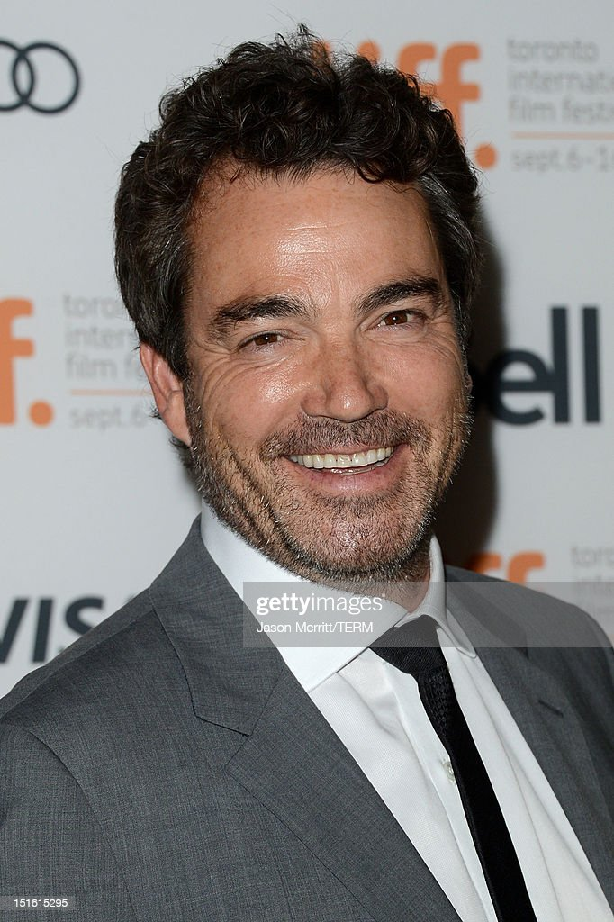Actor <a gi-track='captionPersonalityLinkClicked' href=/galleries/search?phrase=Jon+Tenney&family=editorial&specificpeople=745587 ng-click='$event.stopPropagation()'>Jon Tenney</a> attends the 'Thanks For Sharing' premiere during the 2012 Toronto International Film Festival at Ryerson Theatre on September 8, 2012 in Toronto, Canada.