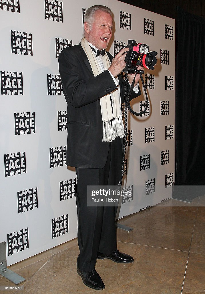 Actor <a gi-track='captionPersonalityLinkClicked' href=/galleries/search?phrase=Jon+Voight&family=editorial&specificpeople=202872 ng-click='$event.stopPropagation()'>Jon Voight</a> arrives at the 63rd Annual ACE Eddie Awards held at The Beverly Hilton Hotel on February 16, 2013 in Beverly Hills, California.