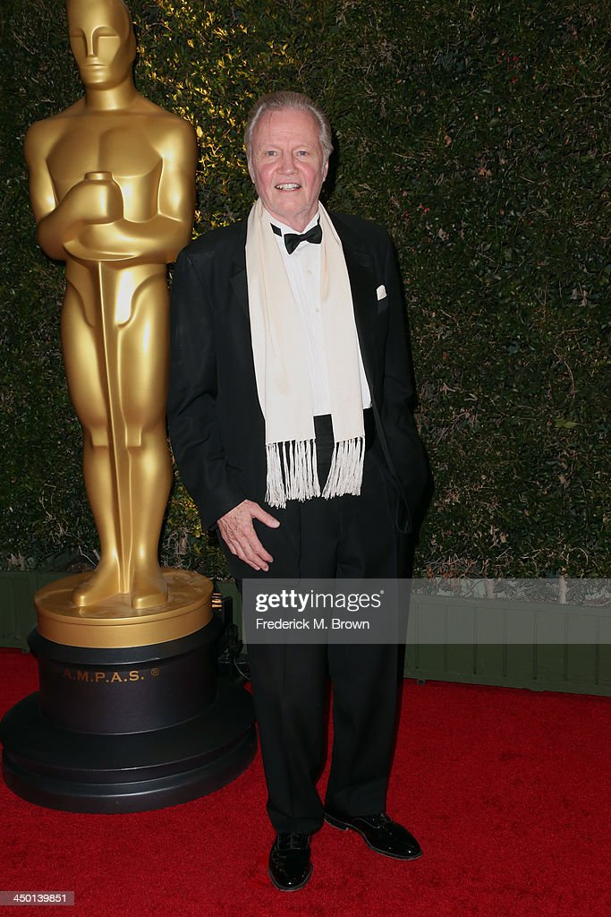 Actor <a gi-track='captionPersonalityLinkClicked' href=/galleries/search?phrase=Jon+Voight&family=editorial&specificpeople=202872 ng-click='$event.stopPropagation()'>Jon Voight</a> arrives at the Academy of Motion Picture Arts and Sciences' Governors Awards at The Ray Dolby Ballroom at Hollywood & Highland Center on November 16, 2013 in Hollywood, California.