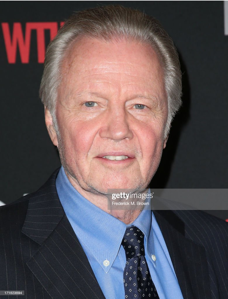 Actor <a gi-track='captionPersonalityLinkClicked' href=/galleries/search?phrase=Jon+Voight&family=editorial&specificpeople=202872 ng-click='$event.stopPropagation()'>Jon Voight</a> attends Showtime's new series premiere of 'Ray Donovan' at the Directors Guild of America on June 25, 2013 in Los Angeles, California.