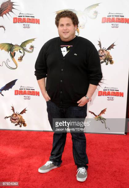 Actor Jonah Hill arrives at the premiere of Dreamworks Animation's 'How To Train Your Dragon' on March 21 2010 at Gibson Amphitheatre in Universal...