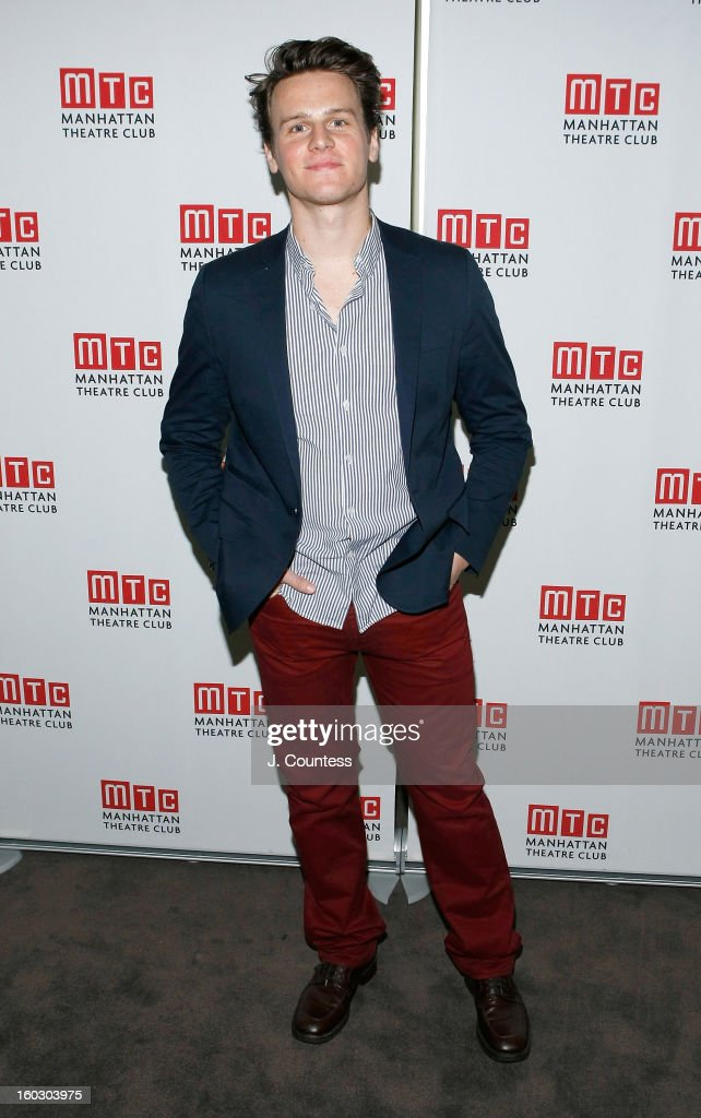 Actor Jonathan Groff attends the 2012 Manhattan Theatre Club Benefit: An Intimate Night at Jazz at Lincoln Center on January 28, 2013 in New York City.