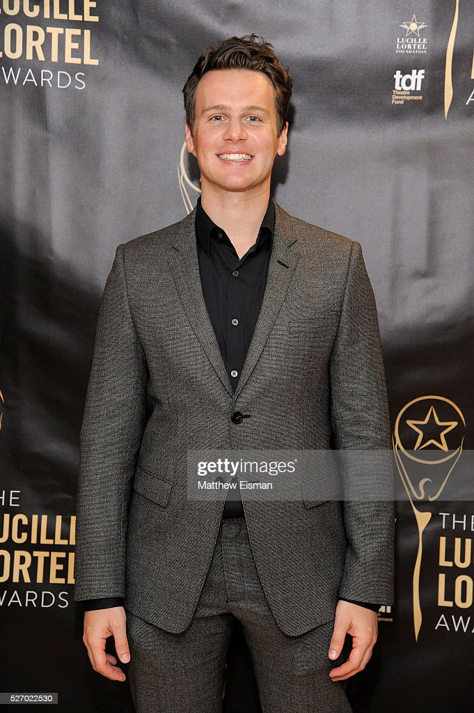Actor <a gi-track='captionPersonalityLinkClicked' href=/galleries/search?phrase=Jonathan+Groff&family=editorial&specificpeople=2994250 ng-click='$event.stopPropagation()'>Jonathan Groff</a> attends the press room for the 31st Annual Lucille Lortel Awards at NYU Skirball Center on May 1, 2016 in New York City.