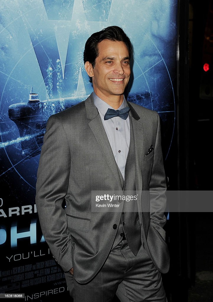 Actor Jonathon Schaech arrives at the premiere of 'Phantom' at the Chinese Theater on February 27, 2013 in Los Angeles, California.