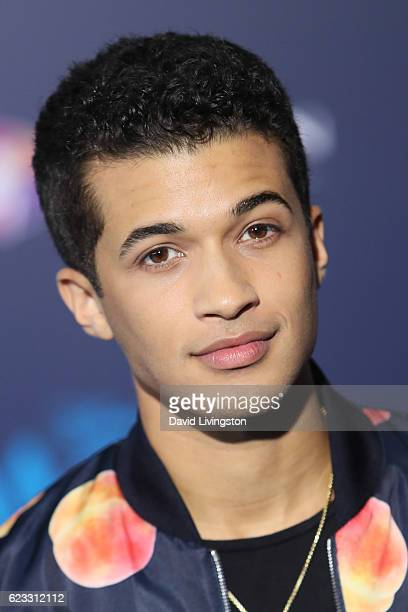 Actor Jordan Fisher arrives at the AFI FEST 2016 presented by Audi premiere of Disney's 'Moana' held at the El Capitan Theatre on November 14 2016 in...