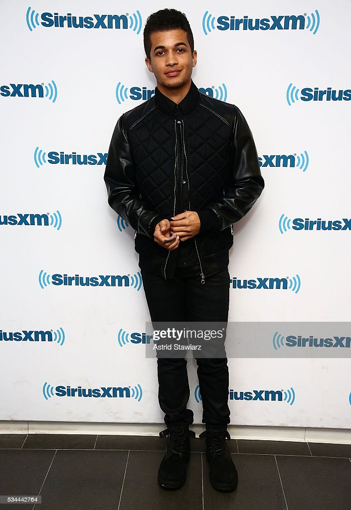Actor Jordan Fisher visits the SiriusXM Studios on May 26, 2016 in New York City.