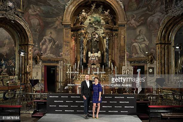 Actor Joseph Fiennes and actress Maria Botto attend the 'Risen' photocall at the San Antonio de los Alemanes Church on March 16 2016 in Madrid Spain