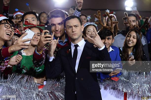 Actor Joseph GordonLevitt arrives at the premiere of Columbia Pictures' 'The Night Before' at The Theatre at The Ace Hotel on November 18 2015 in Los...
