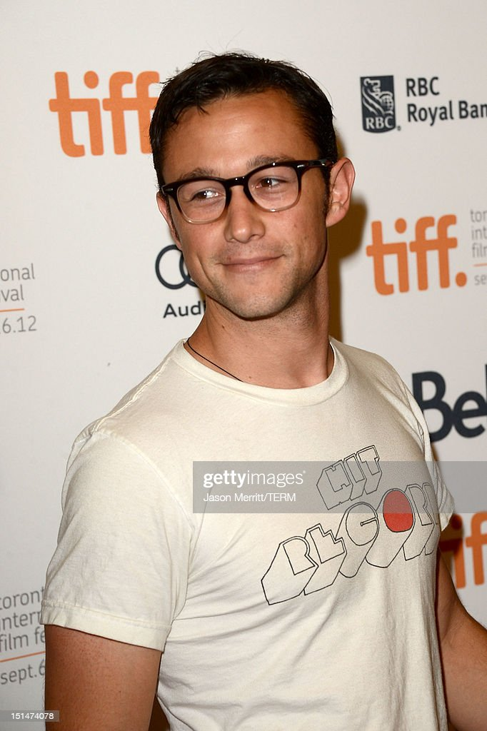 Actor <a gi-track='captionPersonalityLinkClicked' href=/galleries/search?phrase=Joseph+Gordon-Levitt&family=editorial&specificpeople=213632 ng-click='$event.stopPropagation()'>Joseph Gordon-Levitt</a> attends 'The Master' Premiere during the 2012 Toronto International Film Festival at Princess of Wales Theatre on September 7, 2012 in Toronto, Canada.