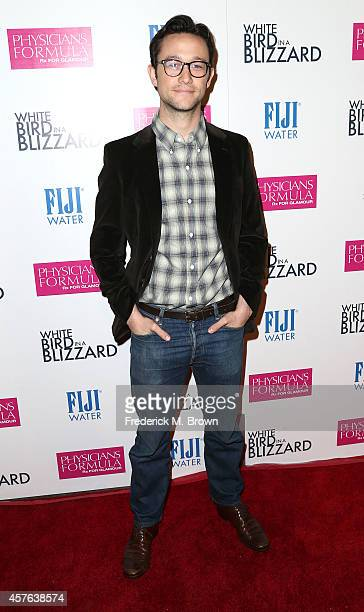 Actor Joseph GordonLevitt attends the Premiere of Magnolia Pictures' 'White Bird in a Blizzard' at the ArcLight Hollywood on October 21 2014 in...