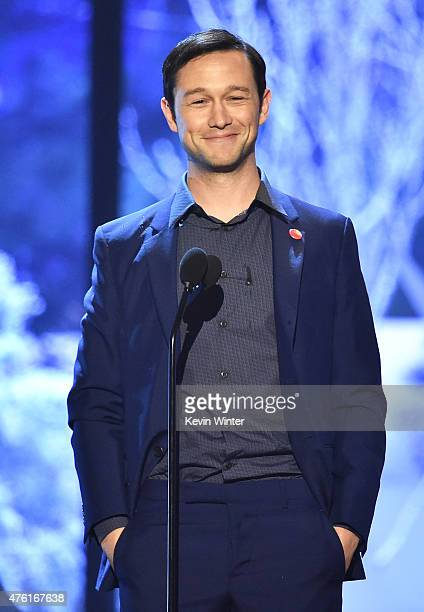 Actor Joseph GordonLevitt speaks onstage during Spike TV's Guys Choice 2015 at Sony Pictures Studios on June 6 2015 in Culver City California