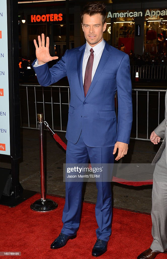 Actor Josh Duhamel arrives at the premiere of Relativity Media's 'Safe Haven' at TCL Chinese Theatre on February 5, 2013 in Hollywood, California.