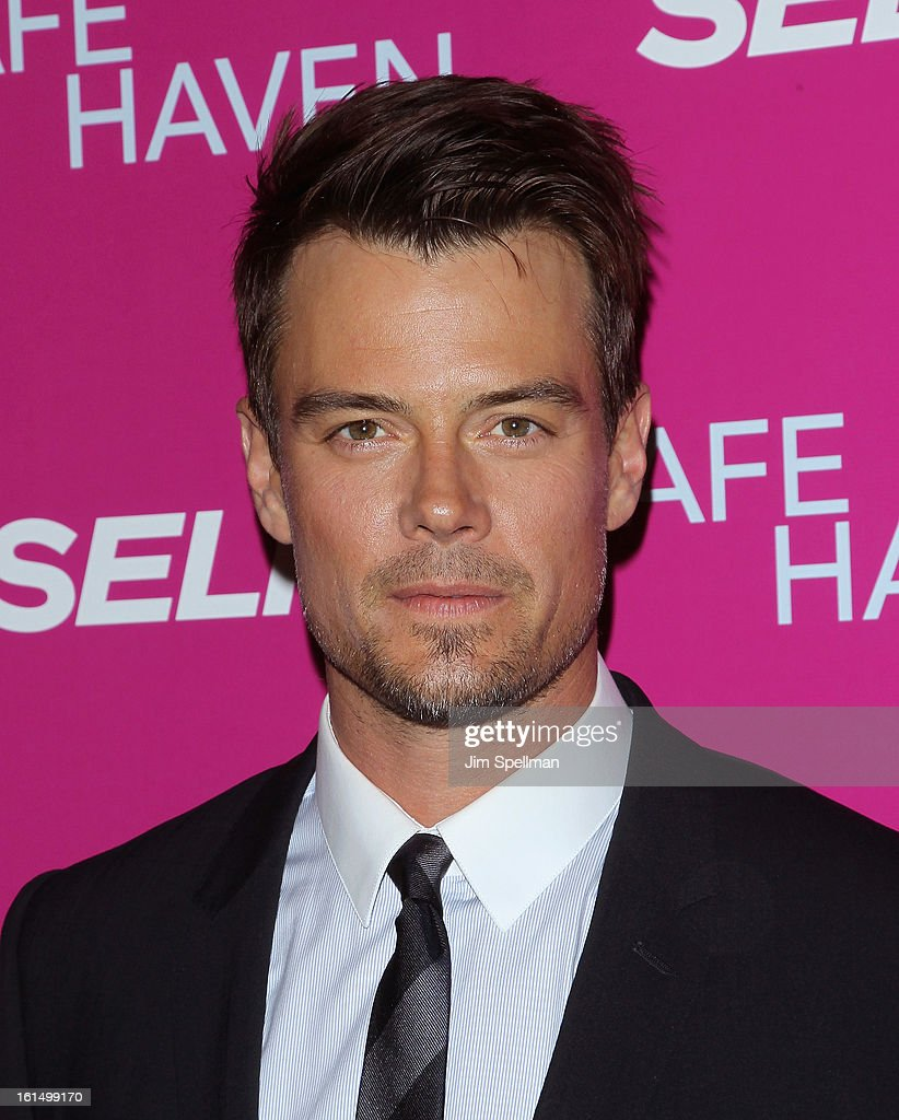 Actor <a gi-track='captionPersonalityLinkClicked' href=/galleries/search?phrase=Josh+Duhamel&family=editorial&specificpeople=208740 ng-click='$event.stopPropagation()'>Josh Duhamel</a> attends the 'Safe Haven' premiere at Landmark's Sunshine Cinema on February 11, 2013 in New York City.