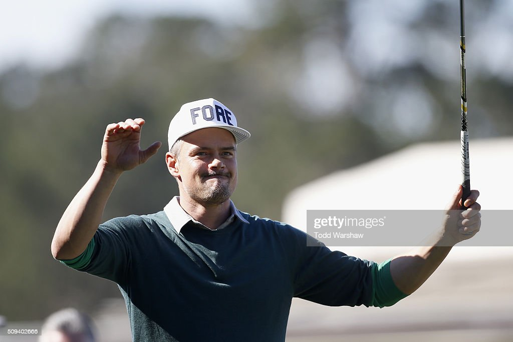 Actor <a gi-track='captionPersonalityLinkClicked' href=/galleries/search?phrase=Josh+Duhamel&family=editorial&specificpeople=208740 ng-click='$event.stopPropagation()'>Josh Duhamel</a> tees off on the 1st hole during the 3M Celebrity Challenge prior to the AT&T Pebble Beach National Pro-Am at Pebble Beach Golf Links on February 10, 2016 in Pebble Beach, California.