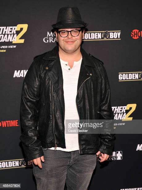 Actor Josh Gad arrives at Showtime's VIP prefight party for 'Mayhem Mayweather vs Maidana 2' at the MGM Grand Garden Arena on September 13 2014 in...