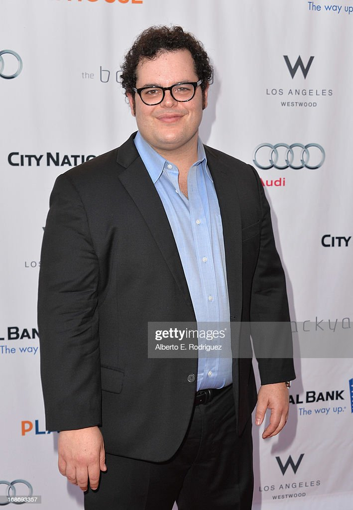 Actor <a gi-track='captionPersonalityLinkClicked' href=/galleries/search?phrase=Josh+Gad&family=editorial&specificpeople=4196023 ng-click='$event.stopPropagation()'>Josh Gad</a> arrives to The Geffen Playhouse's Annual 'Backstage at the Geffen' Gala at Geffen Playhouse on May 13, 2013 in Los Angeles, California.
