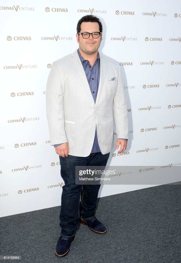 Actor Josh Gad attends Chivas Regal 'The Final Pitch' at LADC Studios on July 13, 2017 in Los Angeles, California.