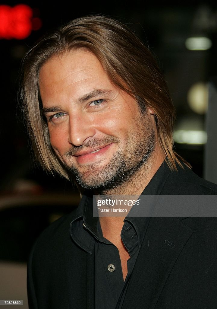 Actor Josh Holloway arrives at the Warner Bros. premiere of 'We Are Marshall' held at the Grauman's Chinese Theatre on December 14, 2006 in Hollywood, California.