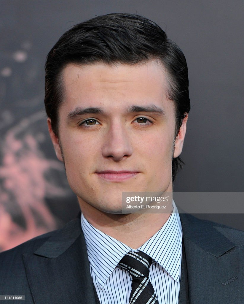 Actor <a gi-track='captionPersonalityLinkClicked' href=/galleries/search?phrase=Josh+Hutcherson&family=editorial&specificpeople=673588 ng-click='$event.stopPropagation()'>Josh Hutcherson</a> arrives to the premiere of Lionsgate's 'The Hunger Games' at Nokia Theatre L.A. Live on March 12, 2012 in Los Angeles, California.