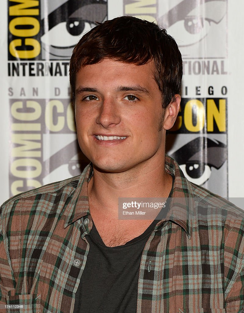 Actor <a gi-track='captionPersonalityLinkClicked' href=/galleries/search?phrase=Josh+Hutcherson&family=editorial&specificpeople=673588 ng-click='$event.stopPropagation()'>Josh Hutcherson</a> attends Lionsgate's 'The Hunger Games: Catching Fire' and 'I, Frankenstein' press line during Comic-Con International 2013 at the Hilton Bayfront on July 20, 2013 in San Diego, California.