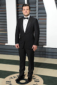 Actor Josh Hutcherson attends the 2015 Vanity Fair Oscar Party hosted by Graydon Carter at Wallis Annenberg Center for the Performing Arts on...