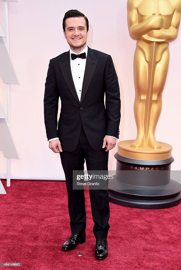 Actor <a gi-track='captionPersonalityLinkClicked' href=/galleries/search?phrase=Josh+Hutcherson&family=editorial&specificpeople=673588 ng-click='$event.stopPropagation()'>Josh Hutcherson</a> attends the 87th Annual Academy Awards at Hollywood & Highland Center on February 22, 2015 in Hollywood, California.