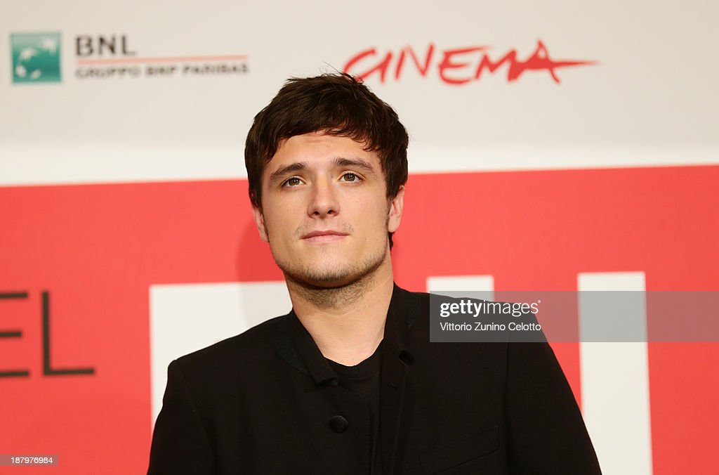 Actor <a gi-track='captionPersonalityLinkClicked' href=/galleries/search?phrase=Josh+Hutcherson&family=editorial&specificpeople=673588 ng-click='$event.stopPropagation()'>Josh Hutcherson</a> attends the 'The Hunger Games: Catching Fire' Photocall during the 8th Rome Film Festival at the Auditorium Parco Della Musica on November 14, 2013 in Rome, Italy.