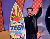 Actor Josh Hutcherson winner of Best Actor SciFi/Fantasy onstage during FOX's 2014 Teen Choice Awards at The Shrine Auditorium on August 10 2014 in...