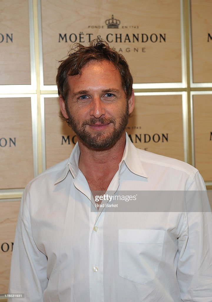 Actor <a gi-track='captionPersonalityLinkClicked' href=/galleries/search?phrase=Josh+Lucas&family=editorial&specificpeople=216514 ng-click='$event.stopPropagation()'>Josh Lucas</a> attends The Moet & Chandon Suite at USTA Billie Jean King National Tennis Center on August 29, 2013 in New York City.