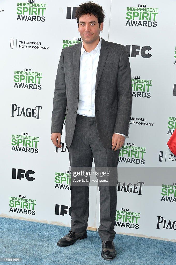 Actor Josh Radnor attends the 2014 Film Independent Spirit Awards at Santa Monica Beach on March 1, 2014 in Santa Monica, California.