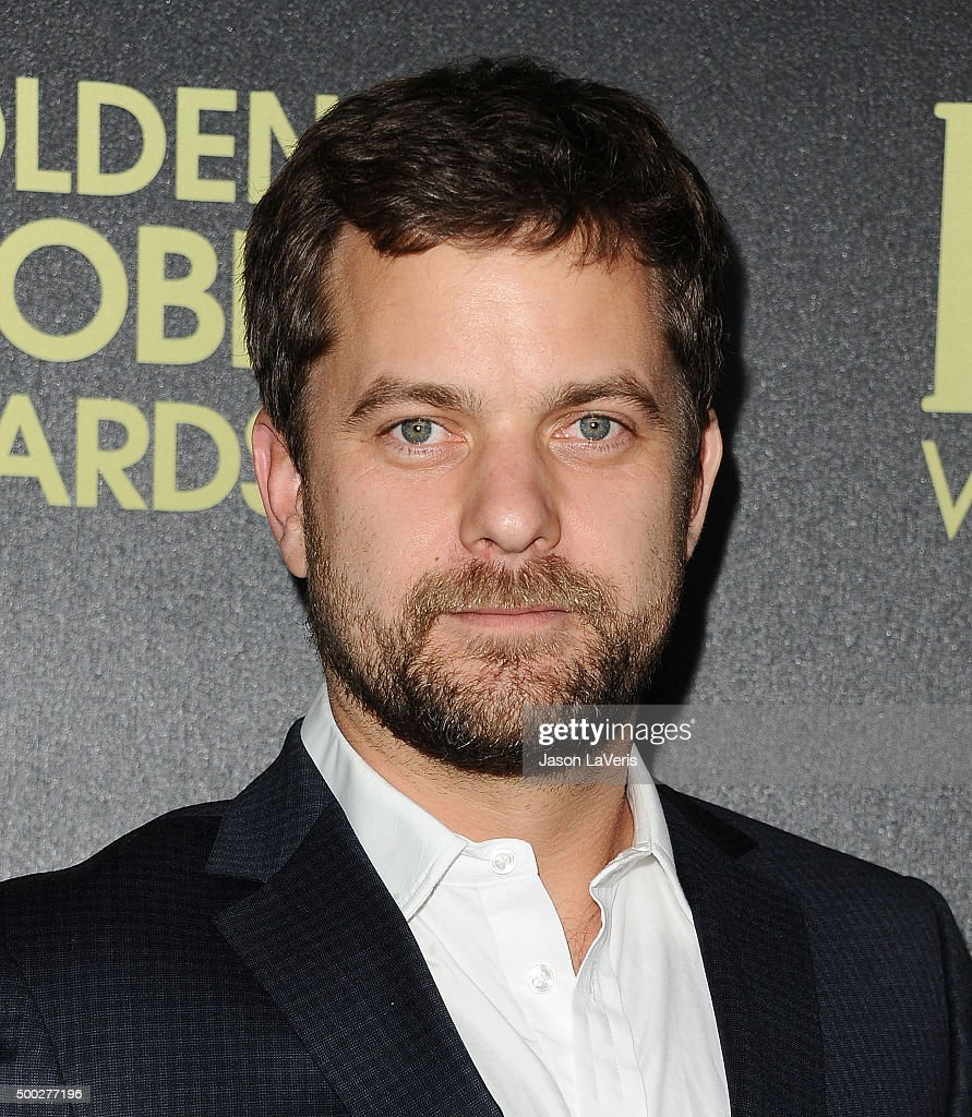 Actor Joshua Jackson attends the Hollywood Foreign Press Association and InStyle's celebration of the 2016 Golden Globe award season at Ysabel on November 17, 2015 in West Hollywood, California.