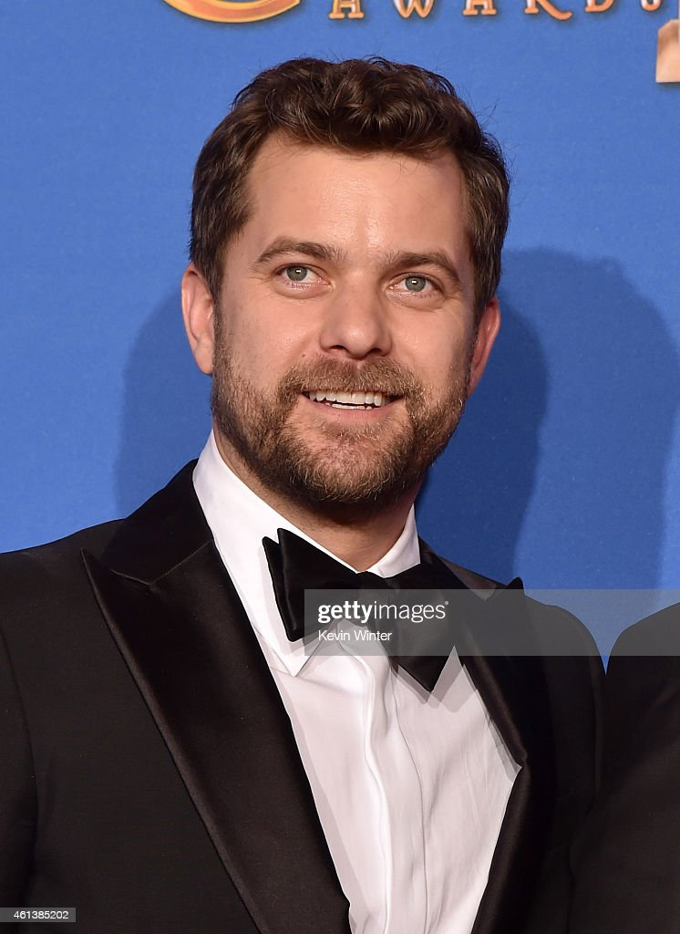 Actor Joshua Jackson poses in the press room during the 72nd Annual Golden Globe Awards at The Beverly Hilton Hotel on January 11, 2015 in Beverly Hills, California.