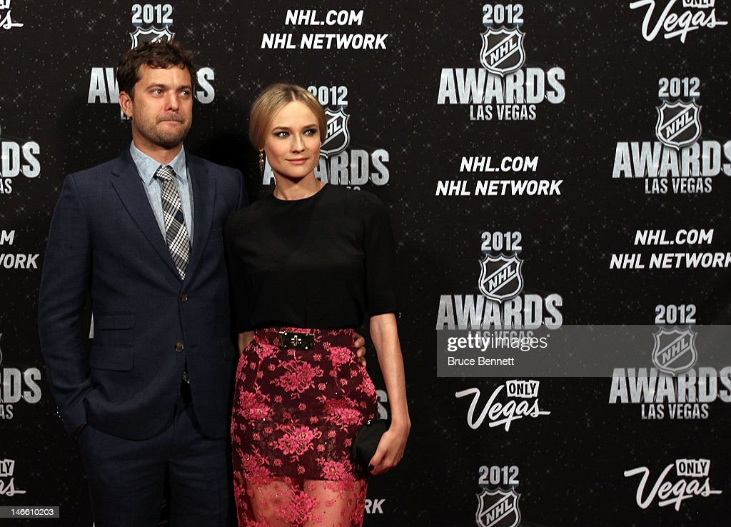 Actor Joshua Jackson poses with his girlfriend Diane Kruger arrives before the 2012 NHL Awards at the Encore Theater at the Wynn Las Vegas on June 20, 2012 in Las Vegas, Nevada.