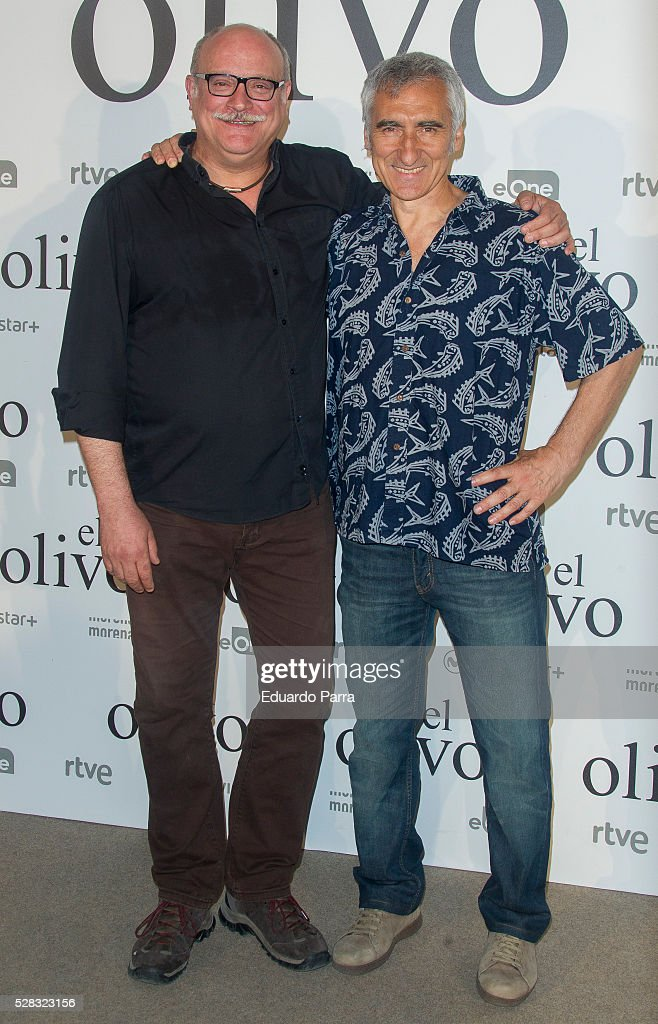 Actor Juanma Lara (L) attends 'El olivo' premiere at Capitol cinema on May 04, 2016 in Madrid, Spain.