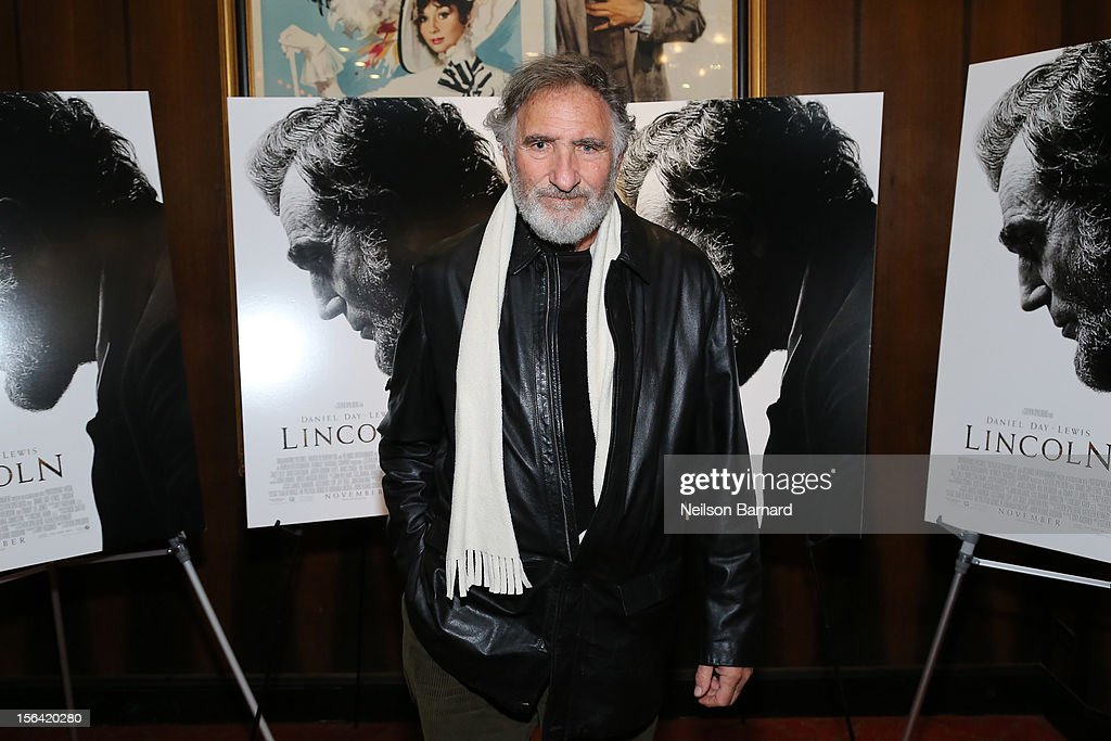 Actor <a gi-track='captionPersonalityLinkClicked' href=/galleries/search?phrase=Judd+Hirsch&family=editorial&specificpeople=228101 ng-click='$event.stopPropagation()'>Judd Hirsch</a> attends the special screening of Steven Spielberg's 'Lincoln' at the Ziegfeld Theatre on November 14, 2012 in New York City.
