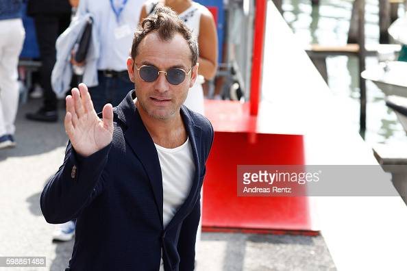 actor-jude-law-arrives-at-lido-during-the-73rd-venice-film-festival-picture-id598861488