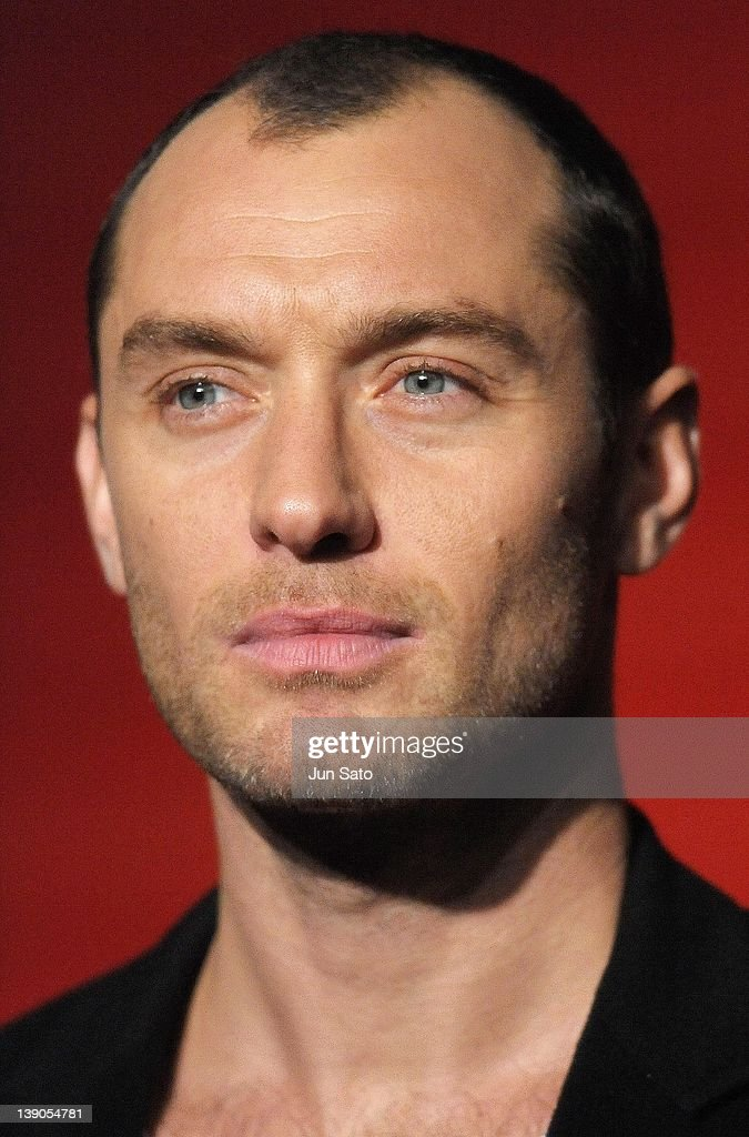 Actor Jude Law attends the 'Sherlock Holmes: A Game of Shadows' Japan Premiere at Roppongi Hills on February 16, 2012 in Tokyo, Japan. The film will open on March 10 in Japan.