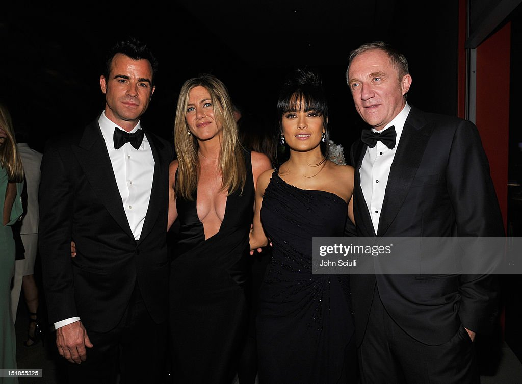 Actor <a gi-track='captionPersonalityLinkClicked' href=/galleries/search?phrase=Justin+Theroux&family=editorial&specificpeople=240634 ng-click='$event.stopPropagation()'>Justin Theroux</a>, actress <a gi-track='captionPersonalityLinkClicked' href=/galleries/search?phrase=Jennifer+Aniston&family=editorial&specificpeople=202048 ng-click='$event.stopPropagation()'>Jennifer Aniston</a>, actress <a gi-track='captionPersonalityLinkClicked' href=/galleries/search?phrase=Salma+Hayek&family=editorial&specificpeople=201844 ng-click='$event.stopPropagation()'>Salma Hayek</a>, and <a gi-track='captionPersonalityLinkClicked' href=/galleries/search?phrase=Francois-Henri+Pinault&family=editorial&specificpeople=532174 ng-click='$event.stopPropagation()'>Francois-Henri Pinault</a> attend LACMA 2012 Art + Film Gala Honoring Ed Ruscha and Stanley Kubrick presented by Gucci at LACMA on October 27, 2012 in Los Angeles, California.