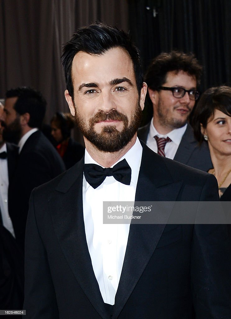 Actor Justin Theroux arrives at the Oscars at Hollywood Highland Center on February 24 2013 in Hollywood California